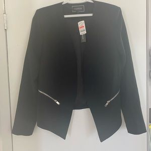 Le Chateau Tricoteen Collarless Open-Front Blazer
